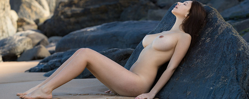 Alisa Amore na plaży