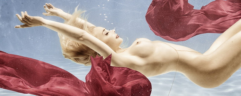 Amber Bassick – Blondynka pod wodą