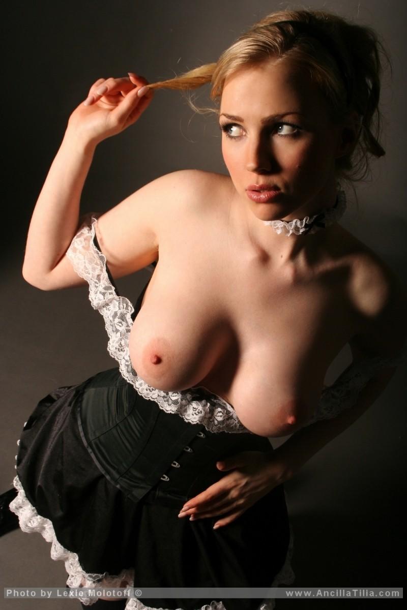 Sophie reade big tits