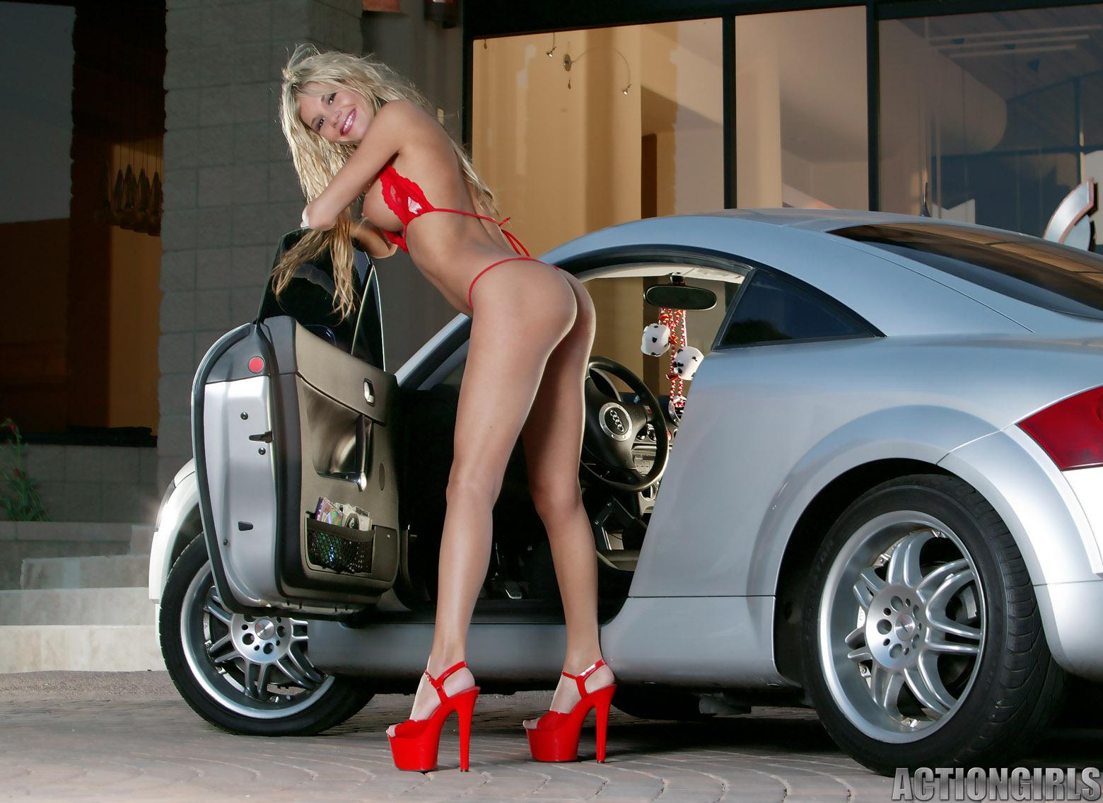 erotika-devushki-i-avto