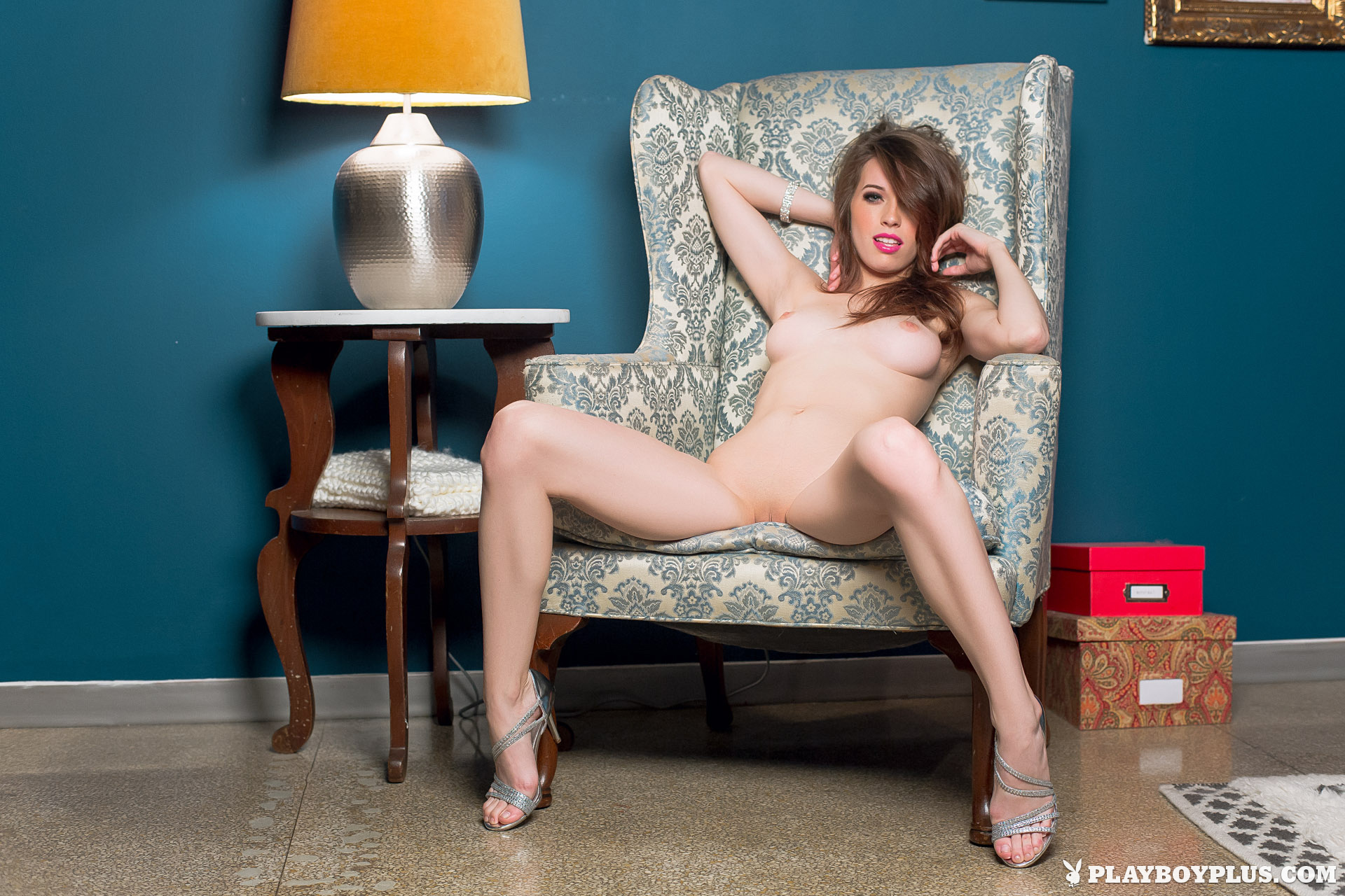 Фото голые с кривыми ногами 17 фотография