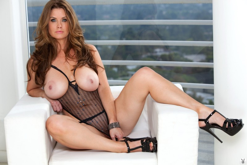 sexy latina amateur nude