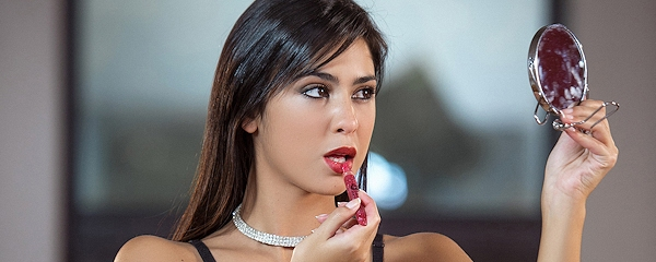 Celeste Sablich – Czerwone usta