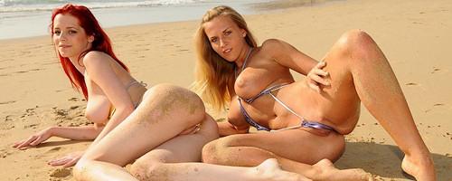 Chikita i Ariel na plaży