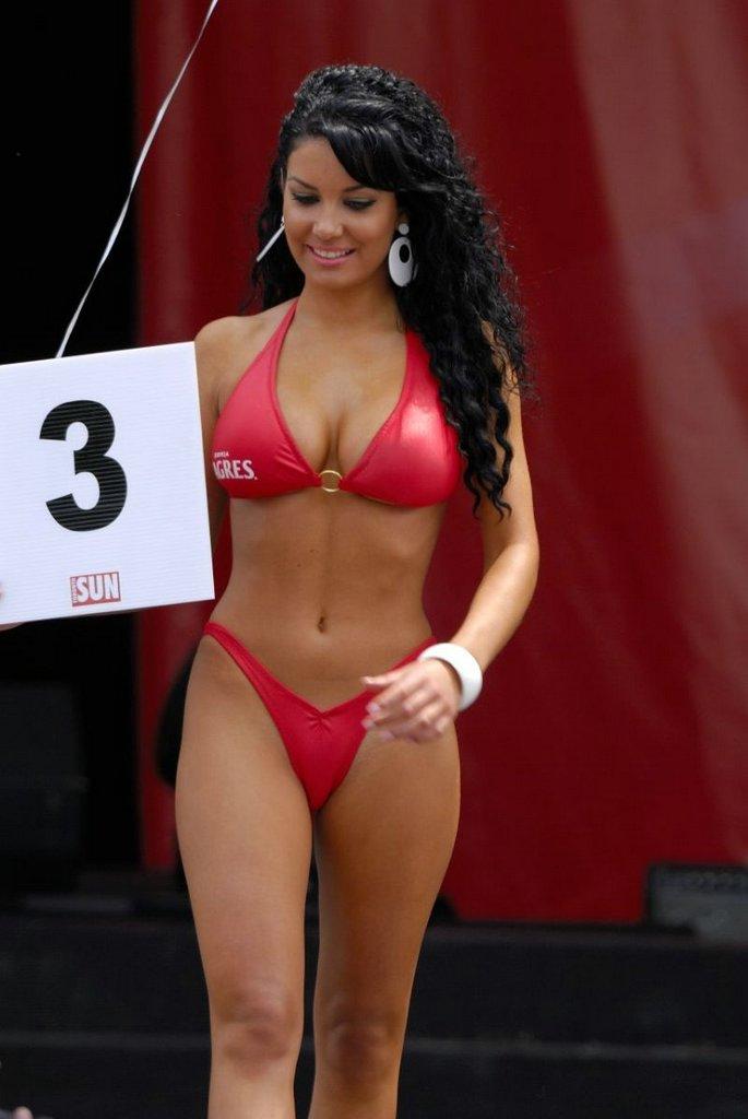 chin bikini contest 2006