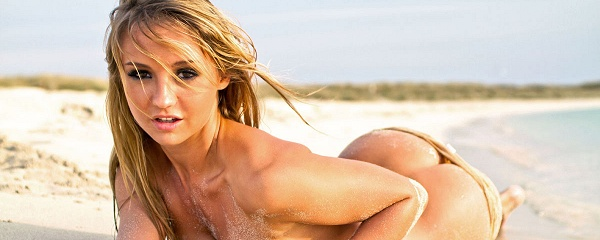Dionne Daniels na plaży