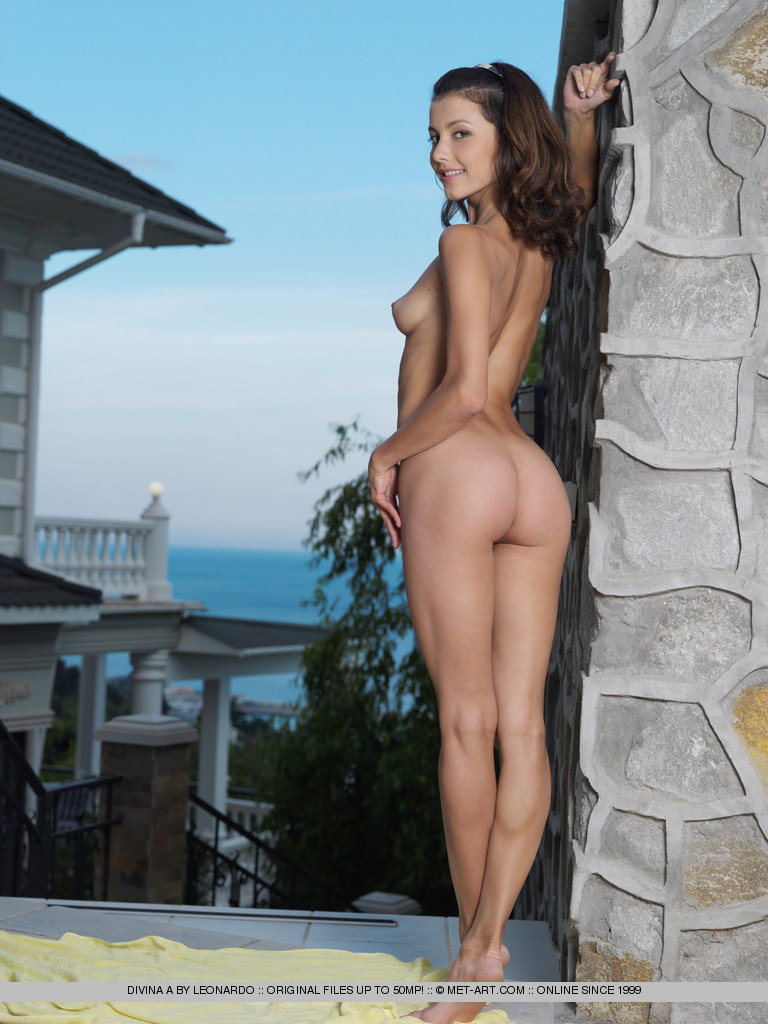 Pictures of leah serres naked