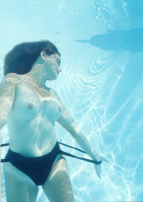 under-water-03