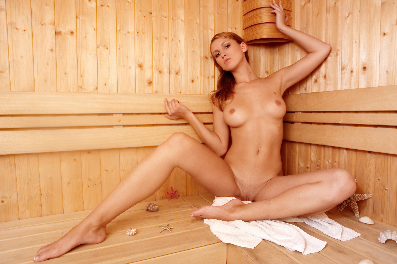 Сексуальные девушки в сауне 18 фотография