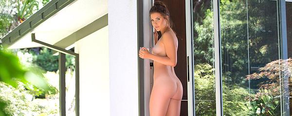 Gia Ramey-Gay – Poranna kawka