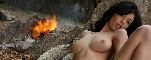 Helen przy ognisku