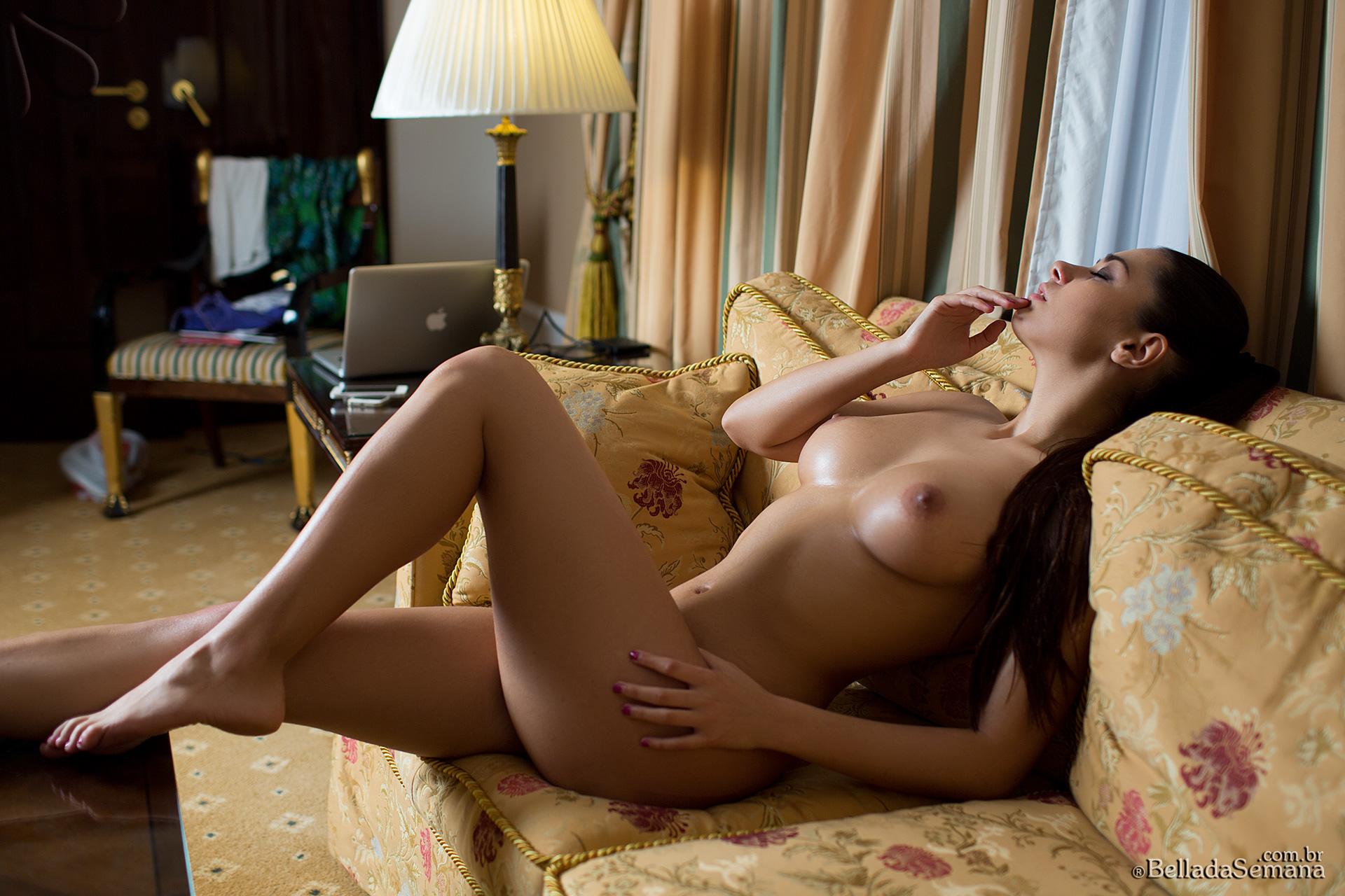 Iran nute porno exploited curvy porn star