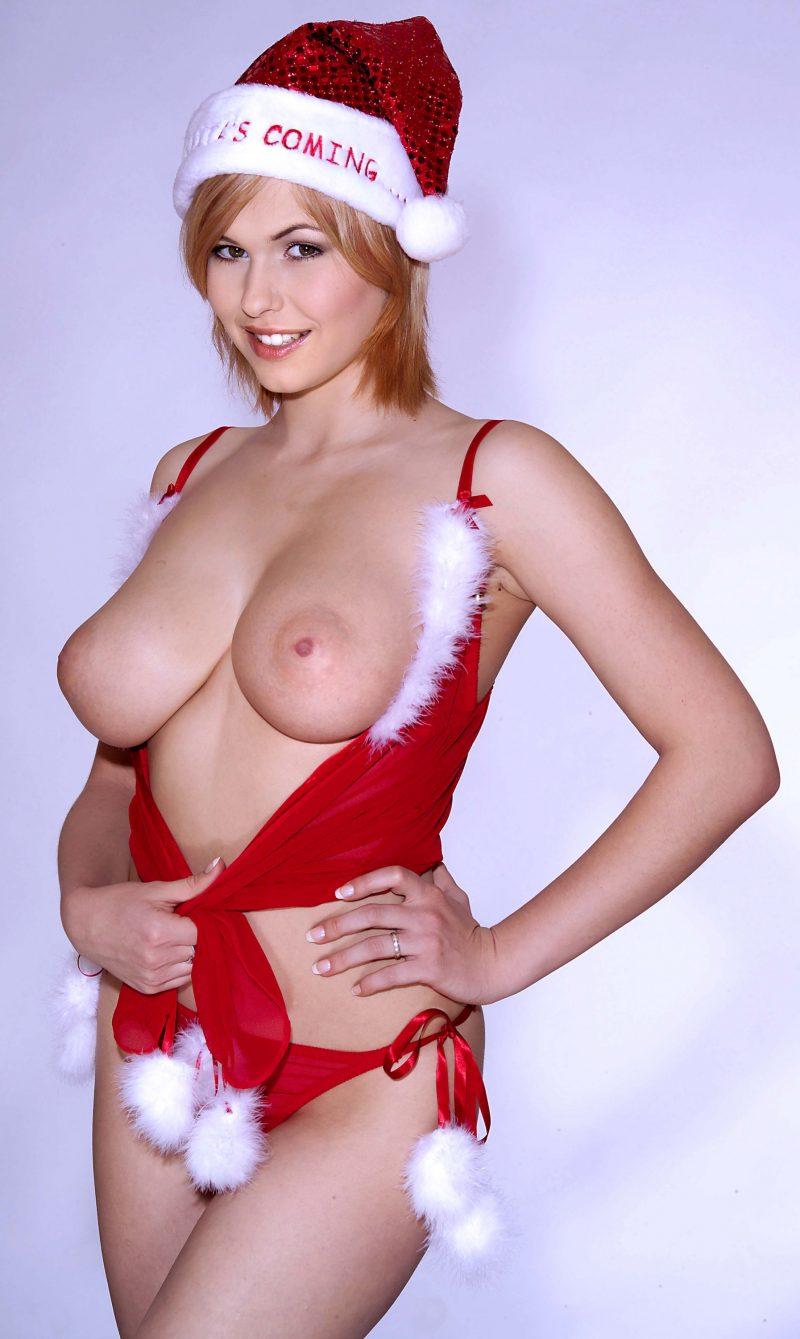 Świąteczna Iga Wyrwał pokazuje cycki