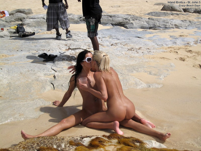 island-erotica-crazy-beach-days-05