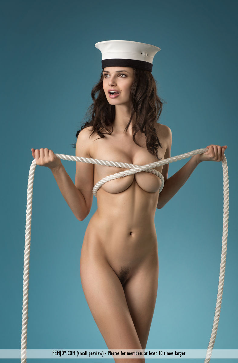 sexy naked sailor girls