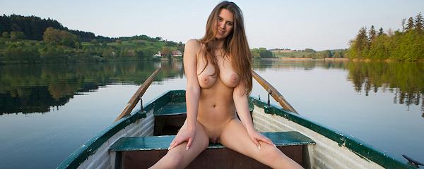 Karoline – Przejażdżka łódką