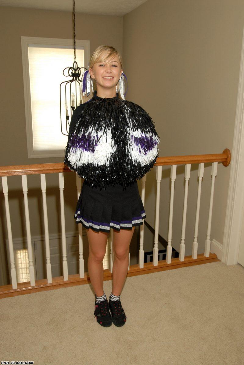 Teen Kasia cheerleaderka