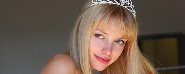 Kiera – Blond Księżniczka