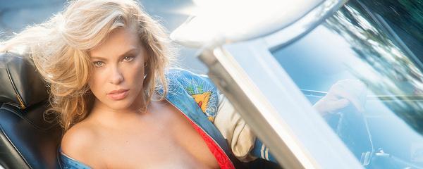 Kristy Garrett i Chevrolet Chevelle