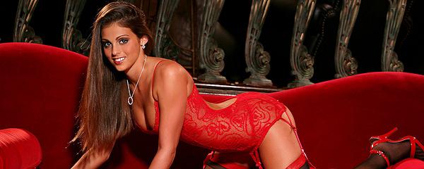 Lacey Alexandra – Czerwona bielizna i pończochy