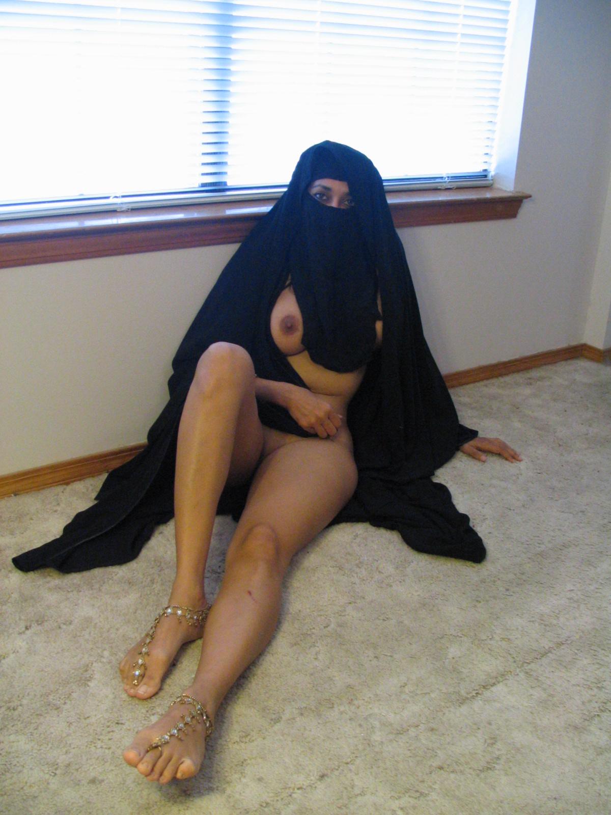 Голые арабки девушки