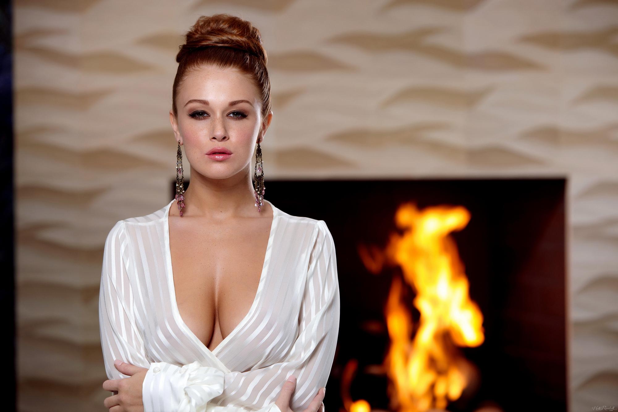 leanna-decker-nude-fireplace-redhead-hollyrandall-01