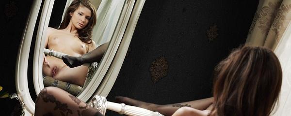 Lidija przed lustrem