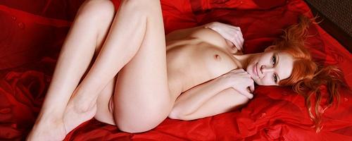 Lidiya w sypialni