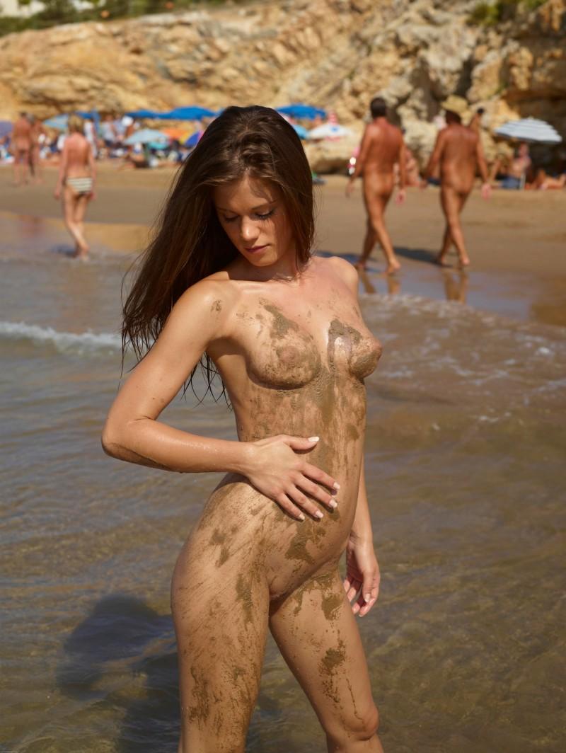 naked little girls blogs
