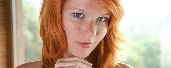 Lynette – Piegowaty rudzielec