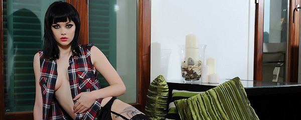 Mellisa Clarke – Podwiązki i pończochy