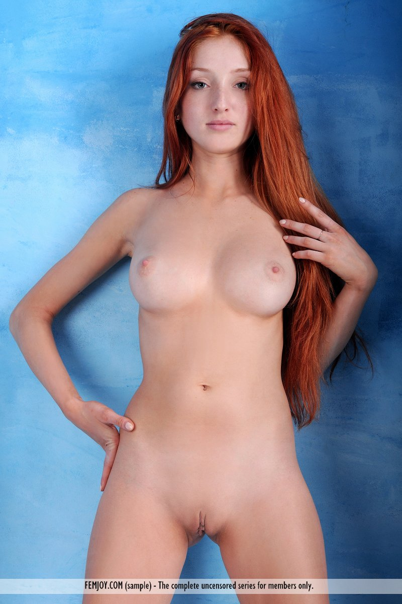 Nude photos of the red head from  nsfw thumbs