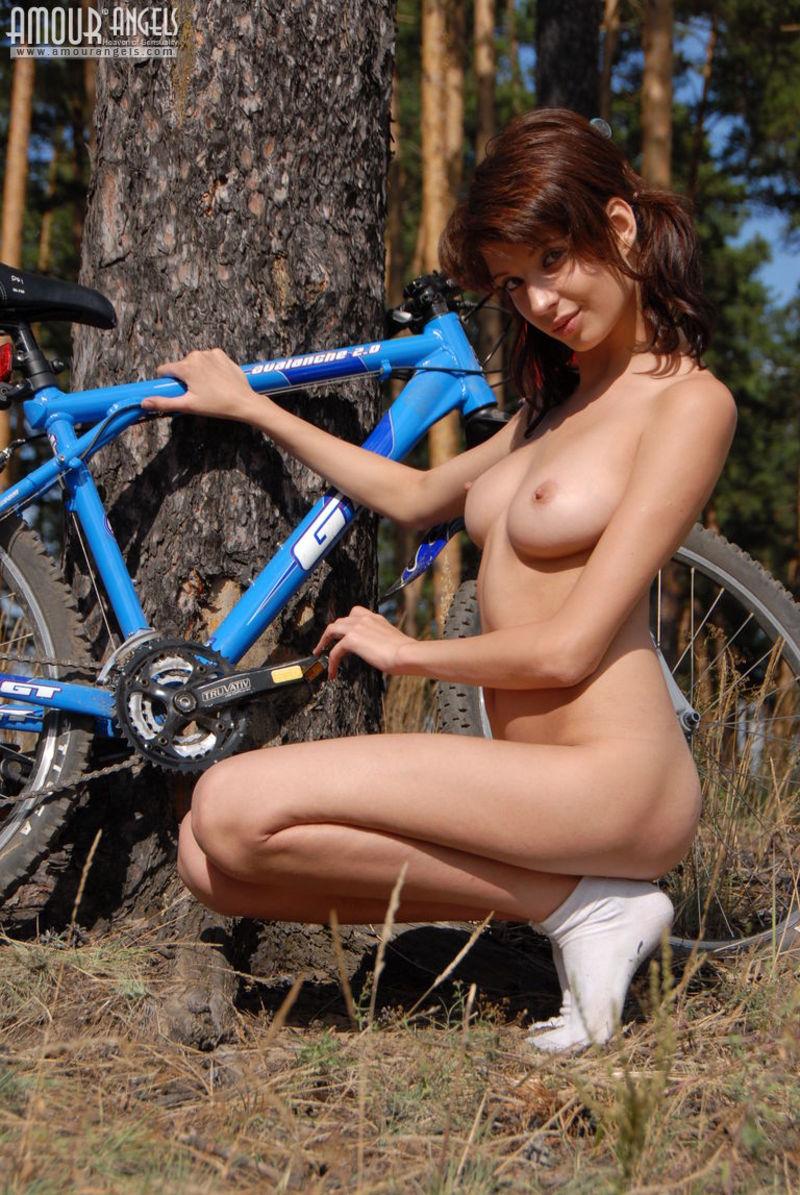 hottest biker sluts nude