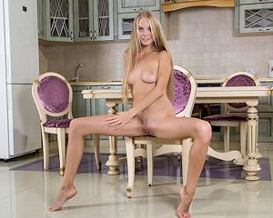 erika-blonde-naked-kitchen-mplstudios
