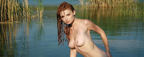 Natalia nad jeziorem