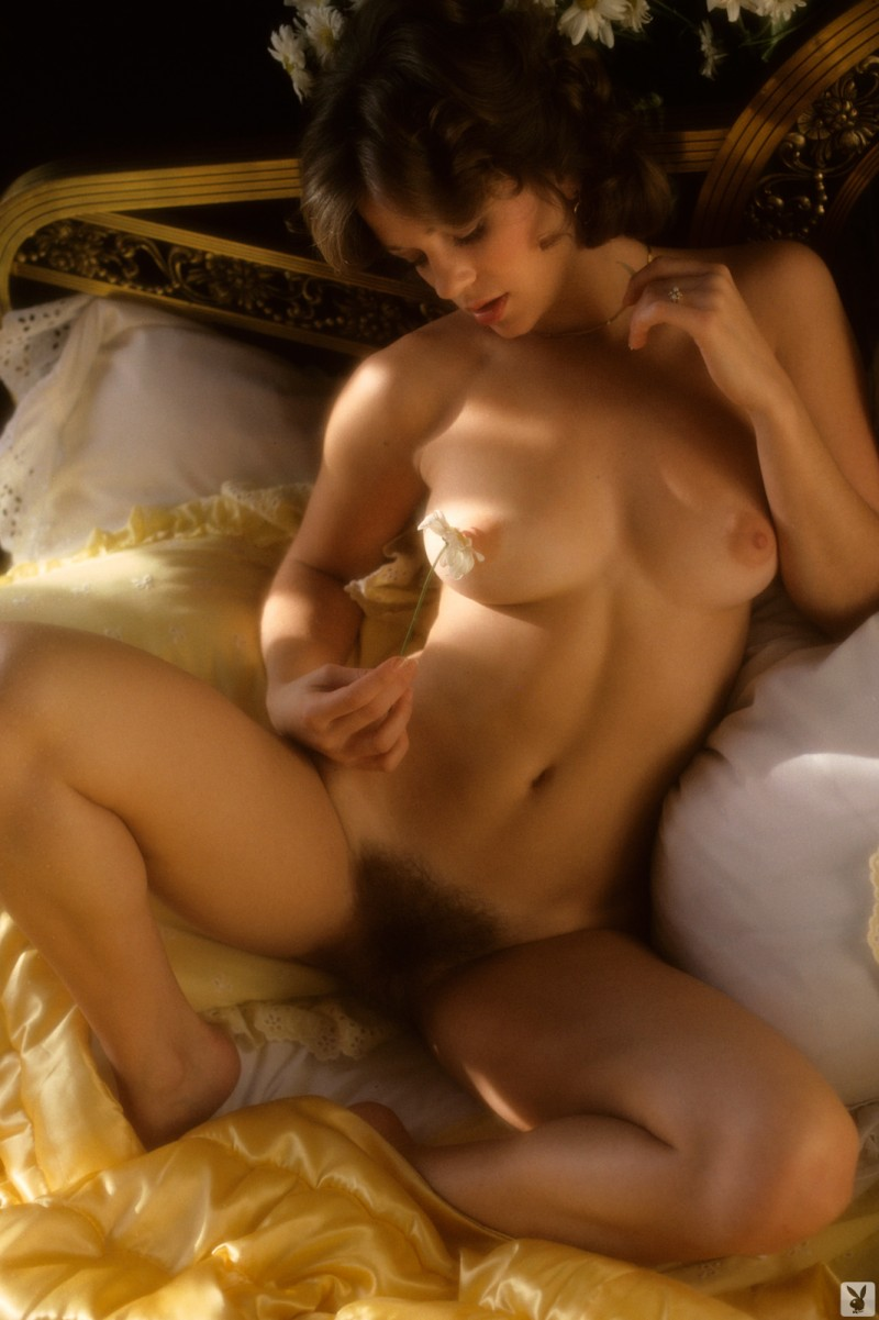 shaved wife nude gifs