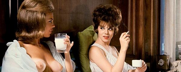 Playboy 1963 – Walka na poduszki