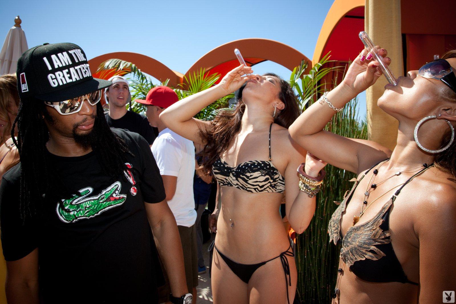 Фото с вечеринки playboy 15 фотография