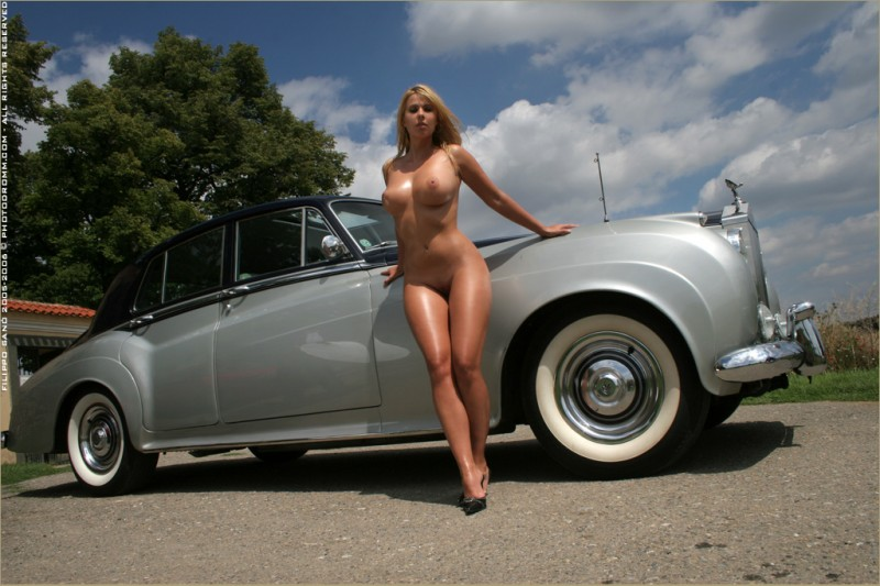 nude girls lening on cars