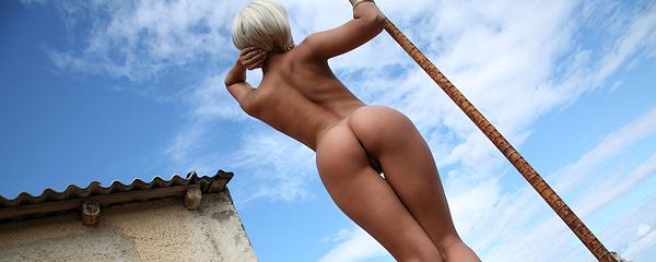 Sasha Cane – Blond peruka