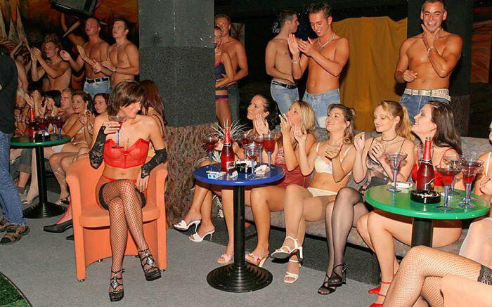 sex-party-01