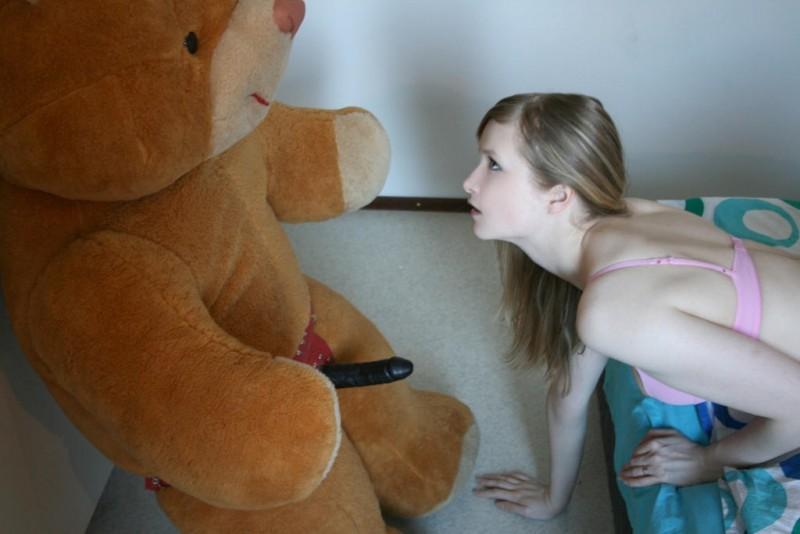 Секс с мягкой игрушкой фото 35561 фотография