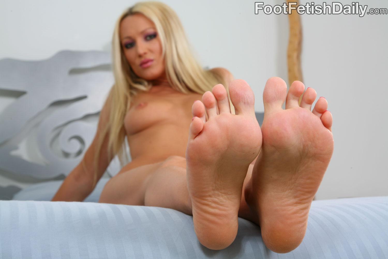 Голые Девчонки Пальцы Ног