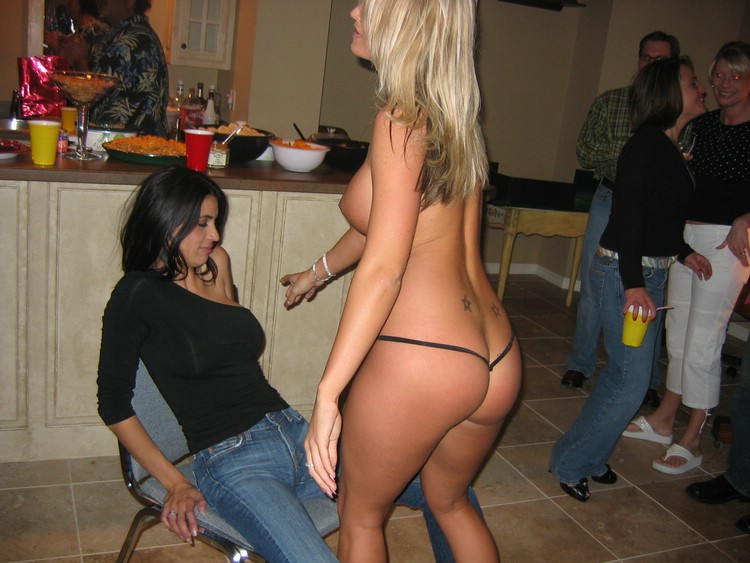 hot girls nude getting spanked