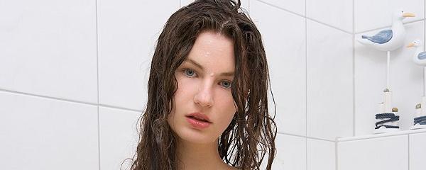 Susann – Kąpiel w różach