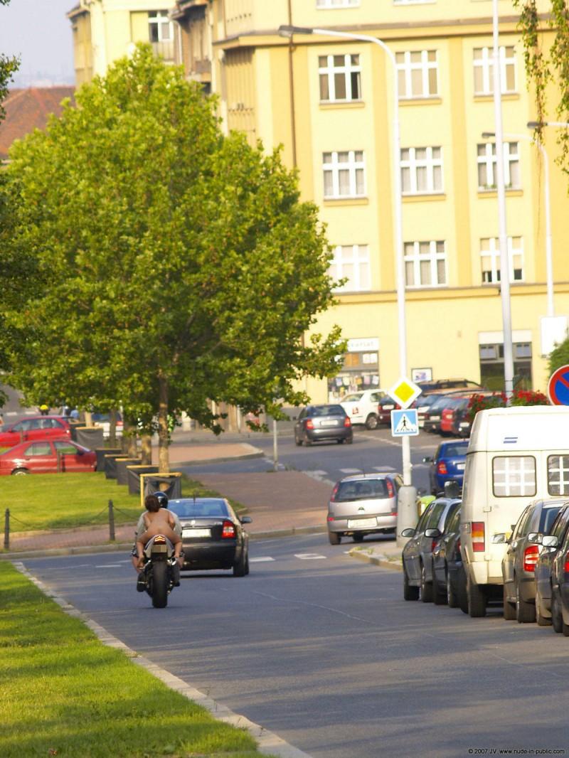 alane-e-motorbike-nude-in-public-36