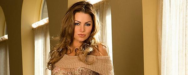 Tamara Witmer w sweterku