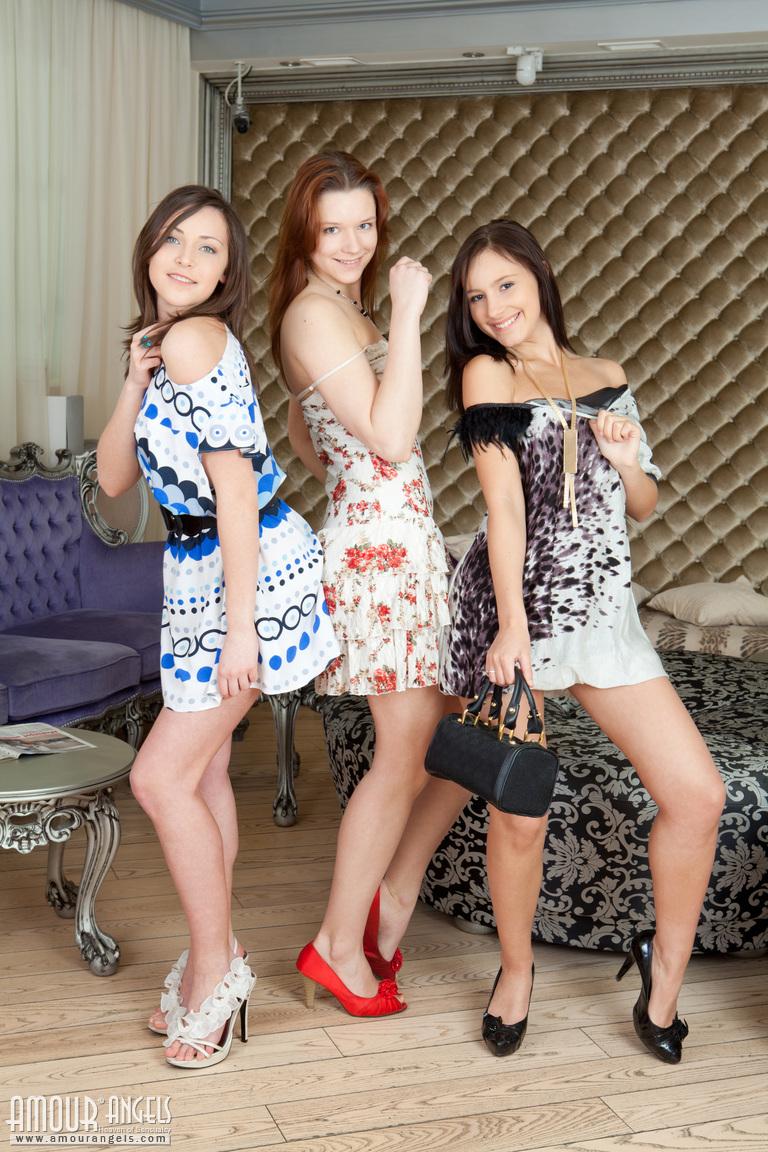 sophia-karina-emelda-high-heels-02