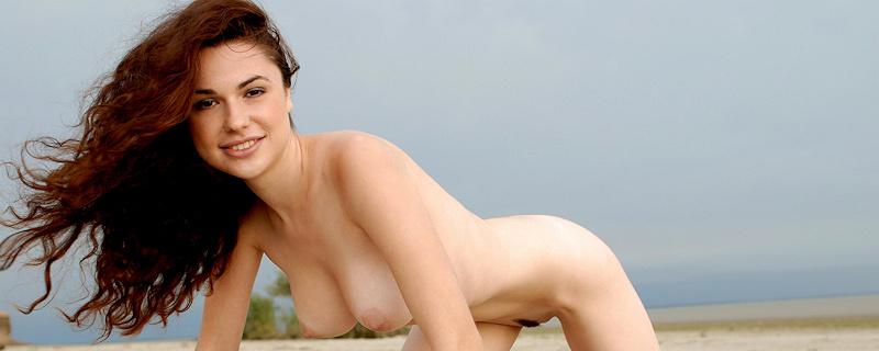 Valda naga na plaży