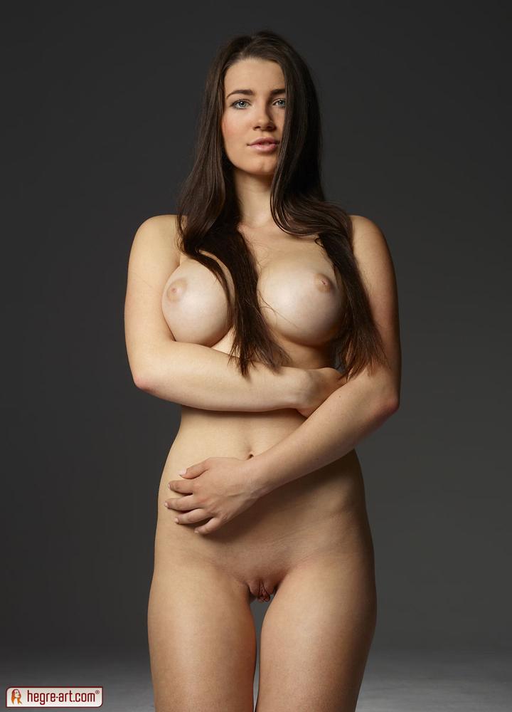 nude women in austria